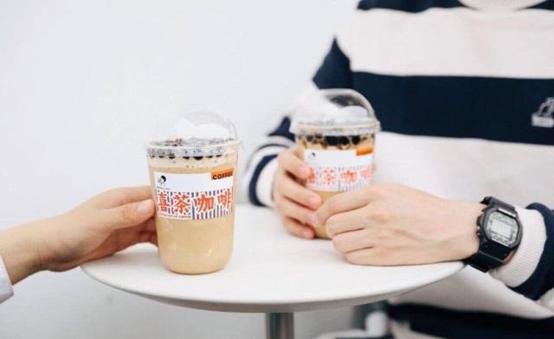 喜茶推出咖啡饮品,细谈茶饮行业的咖啡机如何选择