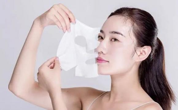 炎炎夏日,希芸肌初焕颜紧致面膜为你的肌肤补足水份