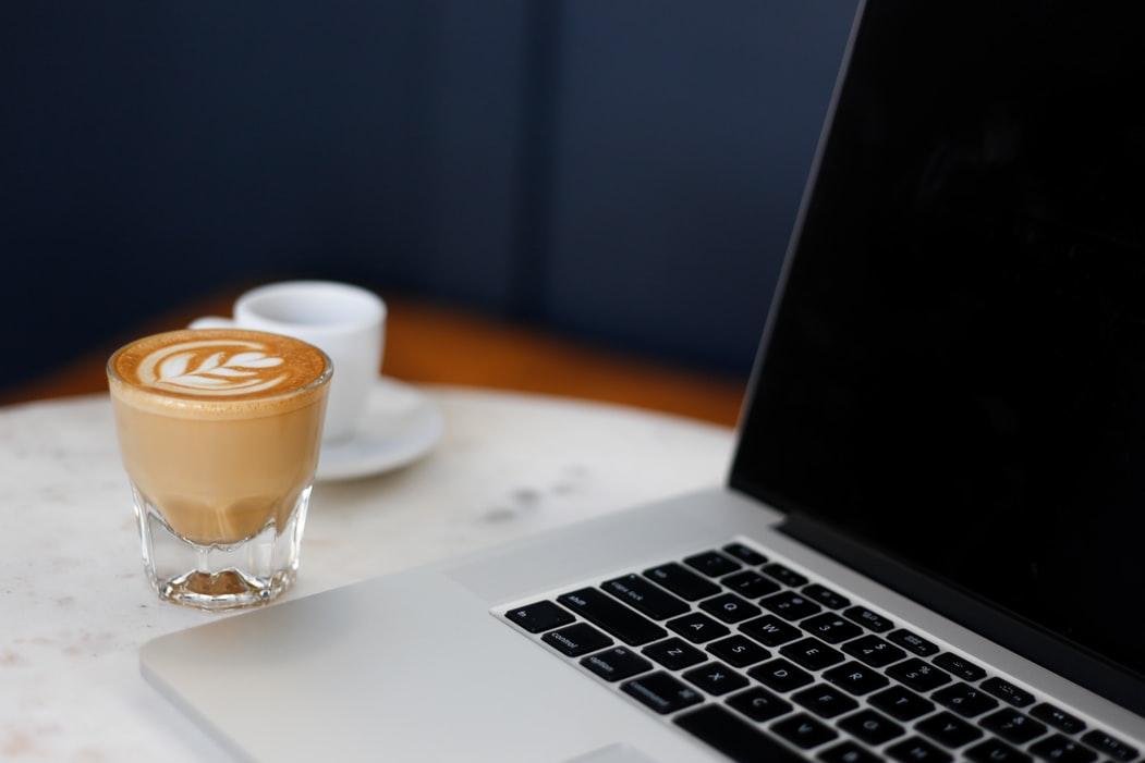 三招教你选购办公室咖啡机,究竟目标太大哪台更适合?